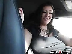 Huge-titted flashes her breasts while she is driving