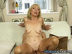 Blond gilf cum splashed