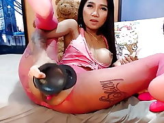 Cam japanese girl big fucktoys anal and squirt