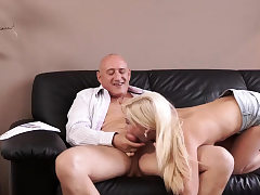 Sorry daddy first time Horny blonde wants to attempt